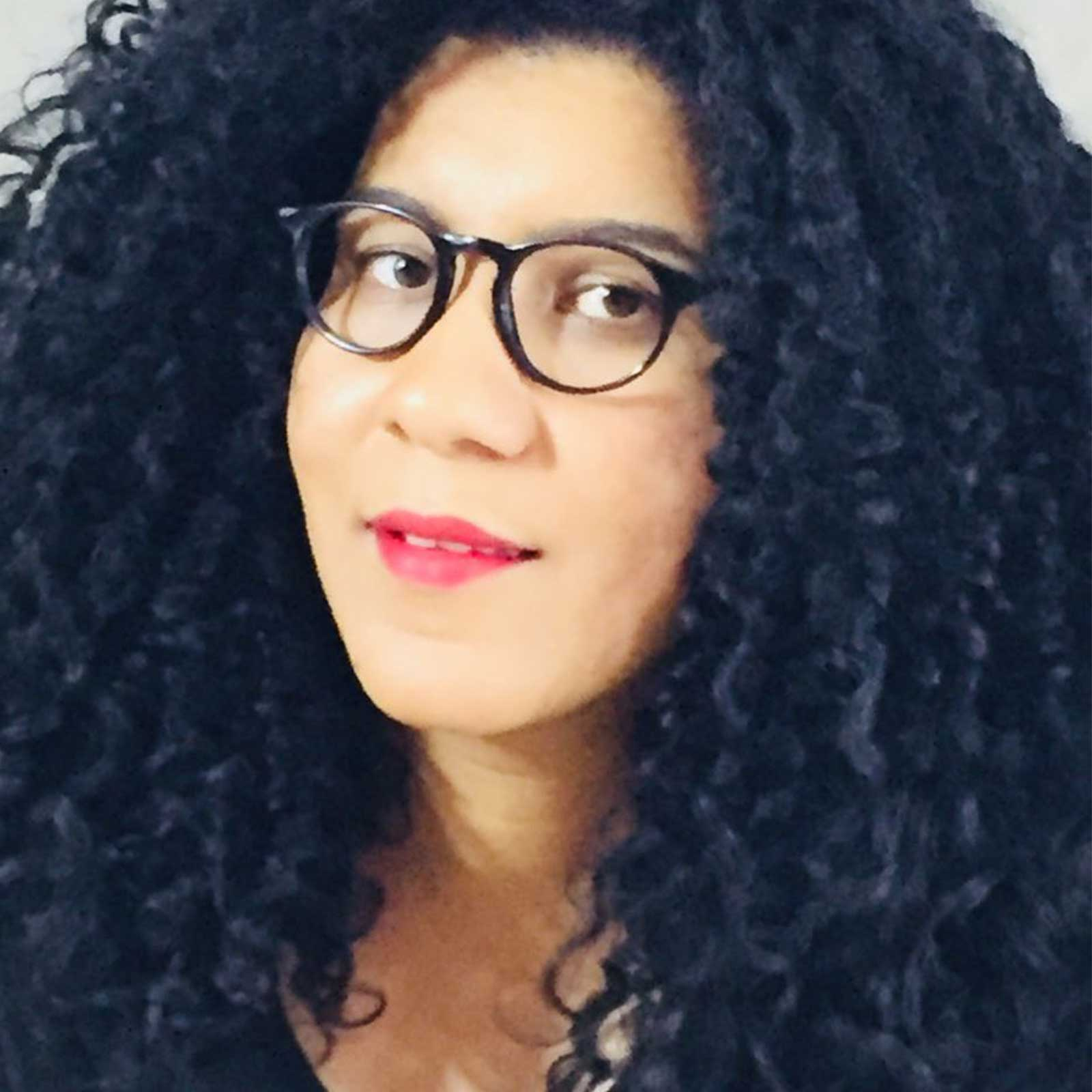 Daniela Oliveira Hair Stylist